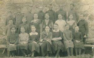 Laekvere kooli õpilased, RM F 1421:8, SA Virumaa Muuseumid, http://www.muis.ee/museaalview/1323048.