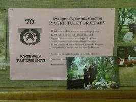 Rakke tuletõrjepäeva ajakava Rakke muuseumi stendil. Foto: Heiki Koov, august 2010.