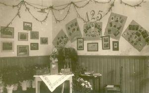 Rakvere Linna III algkooli 125.aastapäeva pidustused, RM F 1073:8, SA Virumaa Muuseumid, http://www.muis.ee/museaalview/1640196.
