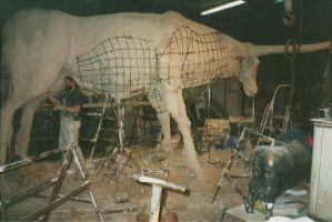 Tarva valmistamine. Tauno Kangro skulptuuristuudio