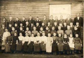 Raudlepa kooli õpilased, RM F 803:1, SA Virumaa Muuseumid, http://www.muis.ee/museaalview/1660824.