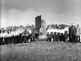 Suure Isamaasõja algusel Tondilt Venemaale, Moskva lähedale Podolskisse, evakueeritut sõjakoolis õppijate kokkutulek. Vinni NST arhiiv.