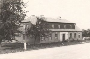 Endise Tilga vene kirikukooli hoone, kus õppis Jakob Tamm, Foto: Kirt Kaljola. TaM F 105:3, Tartumaa Muuseum, http://www.muis.ee/museaalview/1527461.