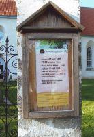 Kuulutus Väike-Maarja kiriku teadete tulbal, juuli 2008. Foto: Anu Kotli. Väike-Maarja muuseumi kogu.