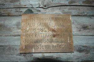 Foto: Silt Toomarahva talu sauna seinal Altja külas Haljala khk., ERM Fk 2906:701, Eesti Rahva Muuseum, http://www.muis.ee/portaal/museaalview/857449